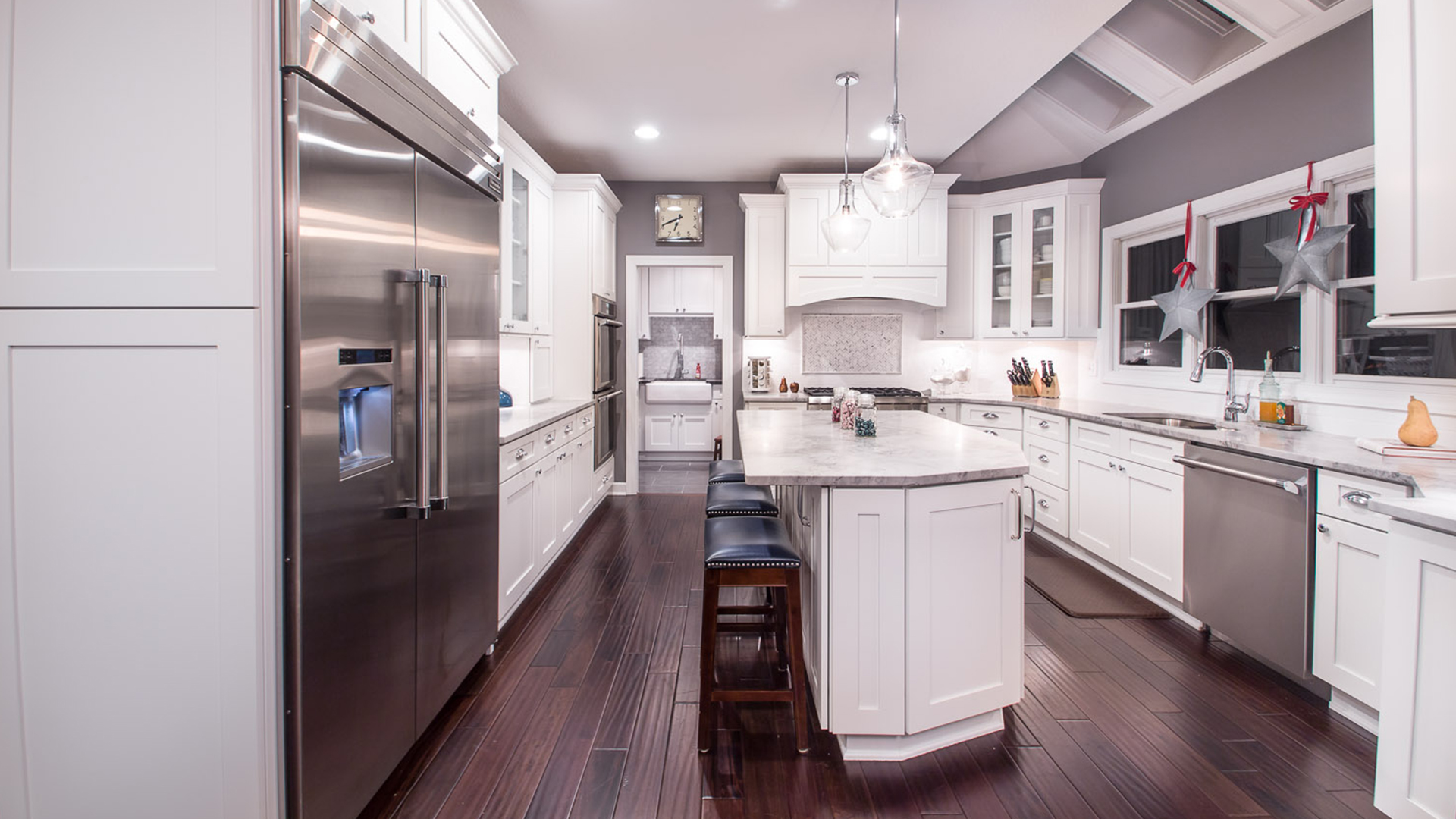 Ice White Shaker Forevermark Cabinetry
